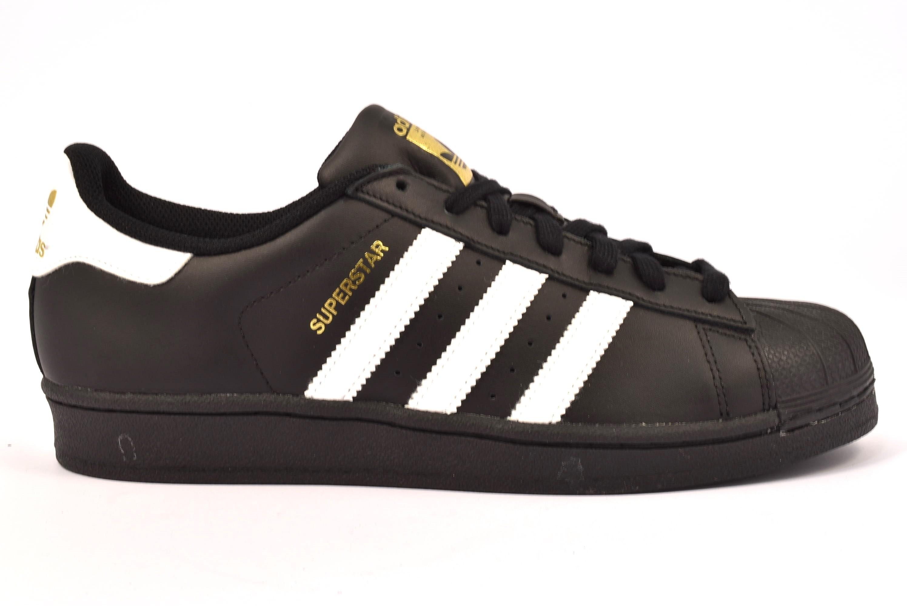 Adidas Superstar Glossy Toe BB0684 Sneakers Pelle Uomo Donna Basse Nero Nuova Collezione 2017